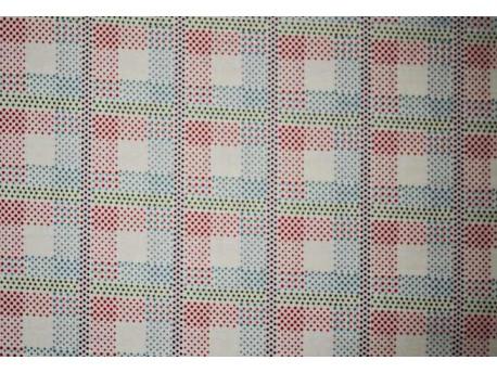 Fat-quarter de tela con cuadrados rojos azules y verdes